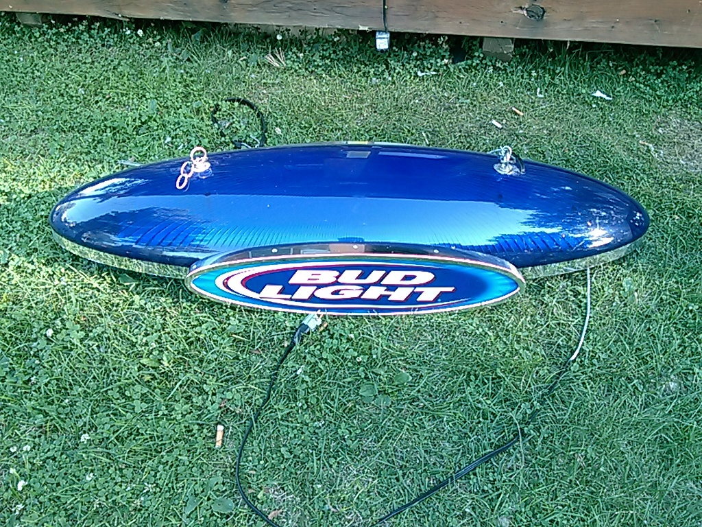 AWESOME BUD LIGHT TORPEDO POOL TABLE LIGHT RARE FIND | JSA ONLINE AUCTIONS  191 MAN CAVE BEER POOL TABLE LIGHTS AND GUN CABINETu003dJIM BEAM DRUM SET |  K BID