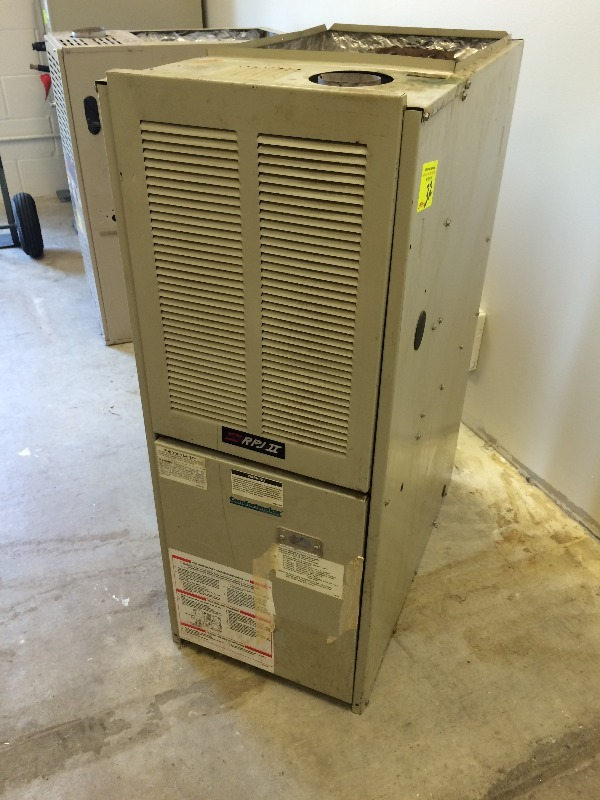 Comfortmaker upflow forced air furnace nat gas 50 000 btu for How to choose a gas furnace