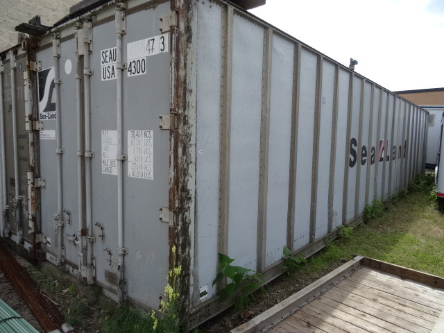 K c auctions minneapolis shipping container in for Shipping containers for sale in minnesota