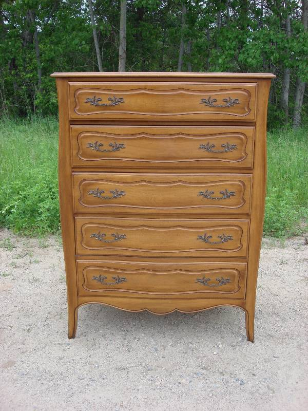 Superbe Tall Bedroom Dresser In Excellent Condition. Third Of Five Matching Pieces  By Davis Cabinet Co Of Nashville TN In Fleming Walnut Finish.