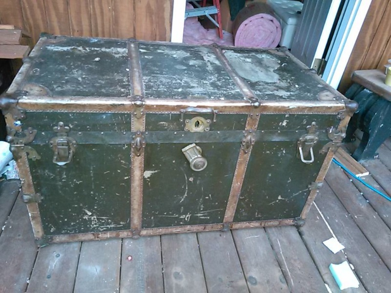 LARGE SIZE RARE ANTIQUE F.V. GARLAND STEAMER TRUNK-MADE IN MINNESOTA-NO  RESERVE!! | JSA ONLINE AUCTIONS NEW AND USED FURNITURE AND ANTIQUES | K-BID - LARGE SIZE RARE ANTIQUE F.V. GARLAND STEAMER TRUNK-MADE IN