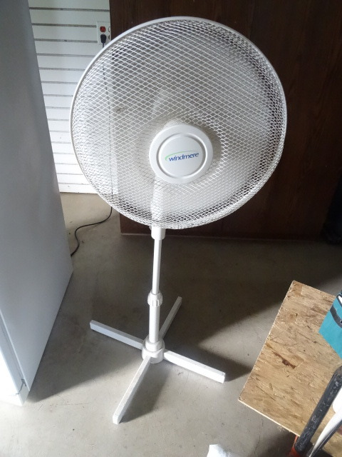 Windmere Pedestal Fan : Windmere pedestal fan k c auctions rockford moving