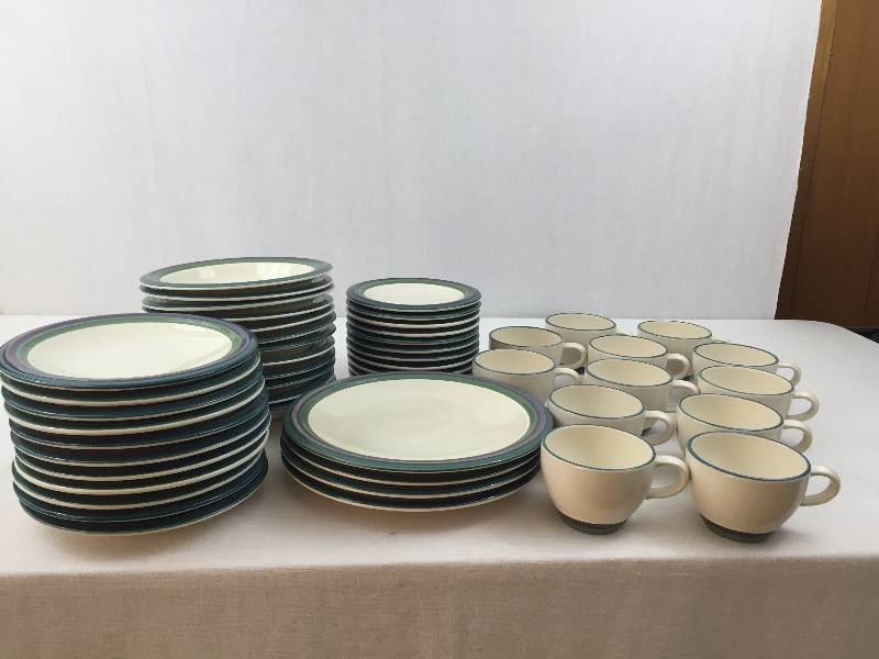 55 Piece Pfaltzgraff Usa Mountain Shadow Dinnerware Set & Dinnerware Etc - Castrophotos