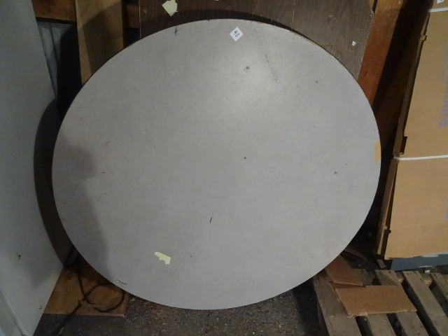 Round Folding Table 4u0027 | K U0026 C Auctions Excelsior Electrical Contractor  Surplus | K BID