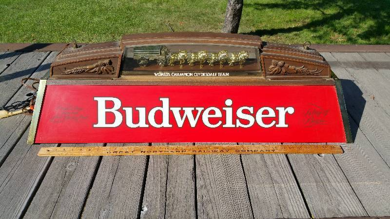 Merveilleux Vintage Budweiser Billiard / Pool Table Light | St. Cloud Estate Auction |  Railroad, Antique, Furniture, Tools U0026 More! | K BID