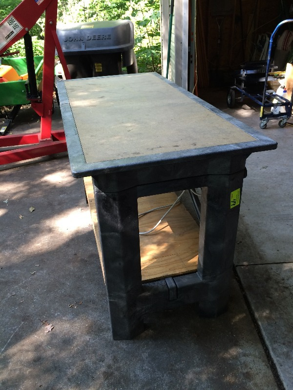 Work Bench By Rubbermaid 5 Ft X 28 Quot W X 36 Quot Tall With