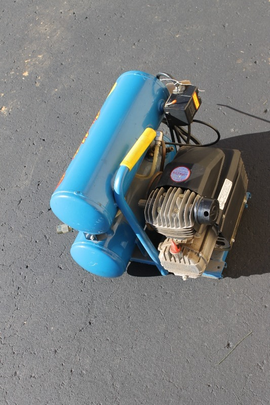 Air Mate Air Compressor Fall Estate And Consignment