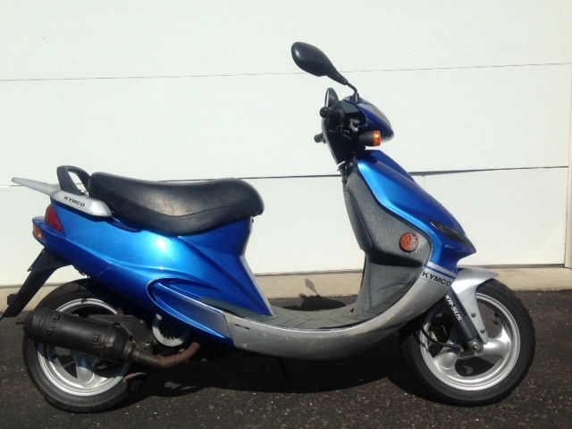 kymco 50cc moped fall moped and scooter sale k bid. Black Bedroom Furniture Sets. Home Design Ideas