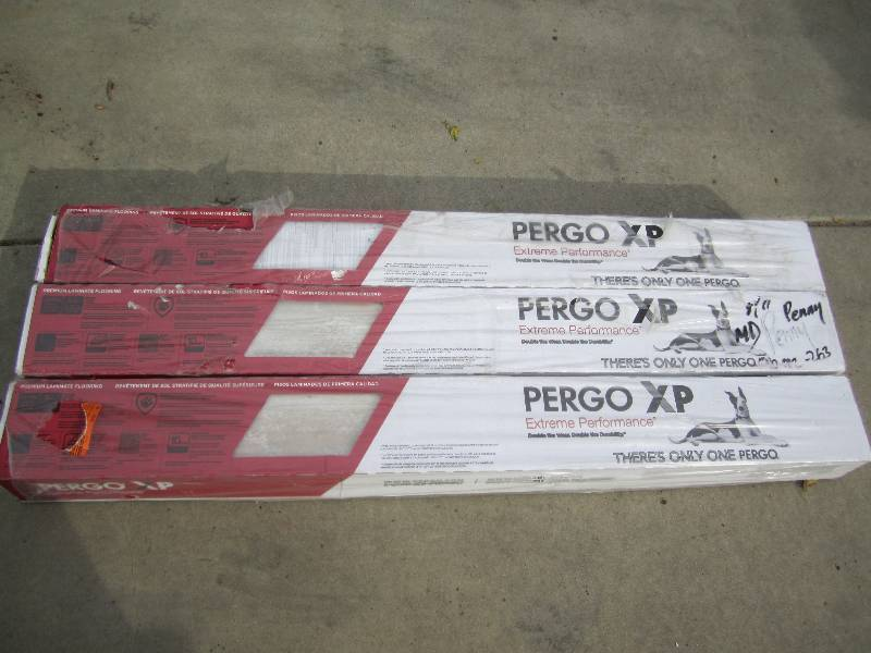 Pergo Xp Coastal Length Pine Laminate Flooring 5 In X 7 In Home Design Idea