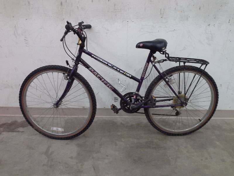 ac512283547 Specialized Rockhopper. Serial Number: WSBC602063739J Tires: Ground Control  .'