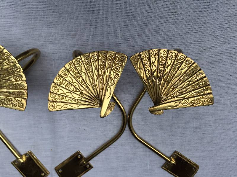 Set Of 4 Vintage Brass Fan Drapery Curtain Tie Backs Pair Art Deco Fan Drapery Rods Asian Motif Chinoiserie Jireh Trading Company Community