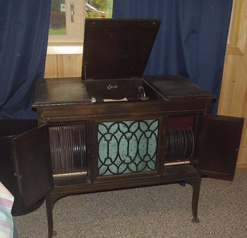 edison crank record player